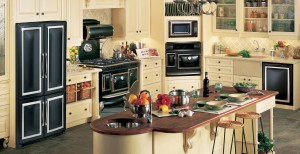 AntiqueKitchen_Feb_2017_Black